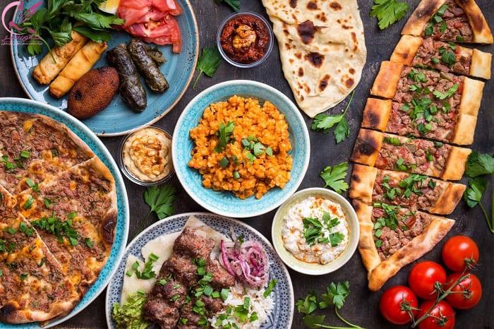 غذا های خوشمزه در شهر بالن های ترکیه